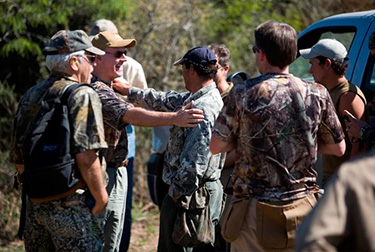 Dove Hunting in Cordoba Argentina - Shooters Meet at the Field